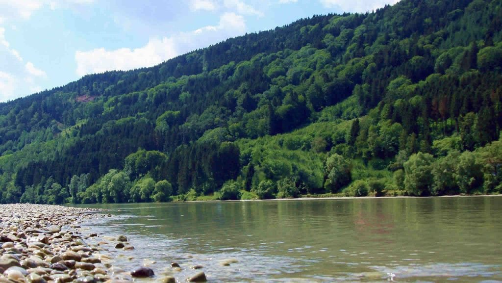 Del Rio Riverbank in Healdsburg